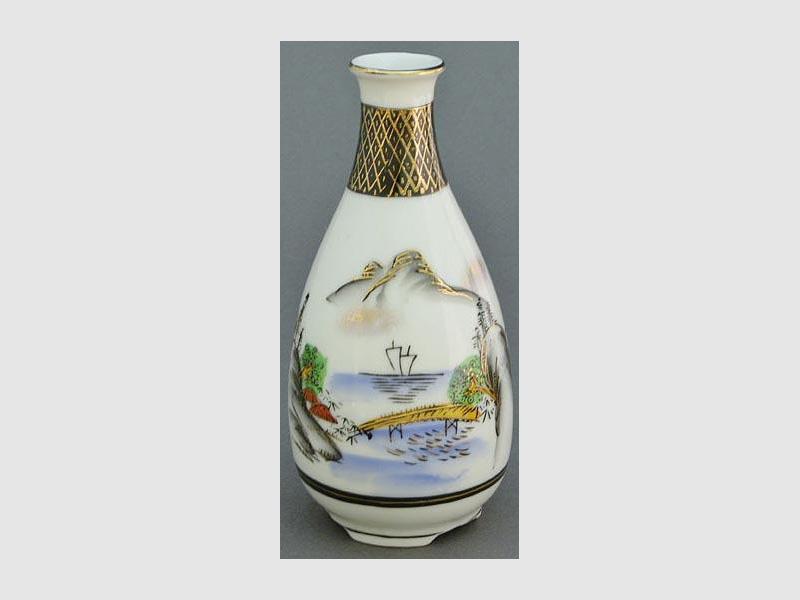 Sakeflasche Sansui Kutani rund