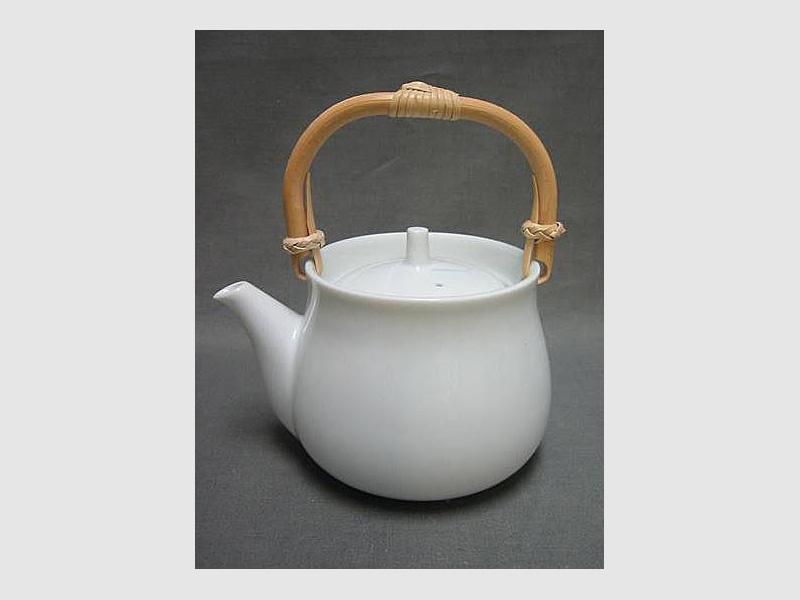 Teapot Ichuju Issai